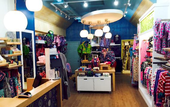 HATLEYS – CHISWICK WEST LONDON - Pegasus Shopfitting LTD